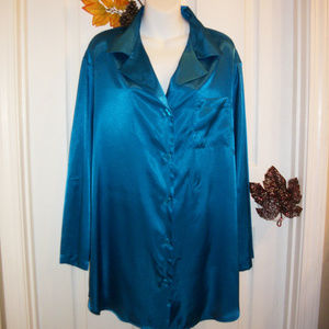 Satiny Button Front Nightshirt - Sleepshirt NWOT